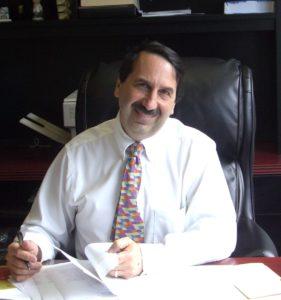 Dr. Robert Macht
